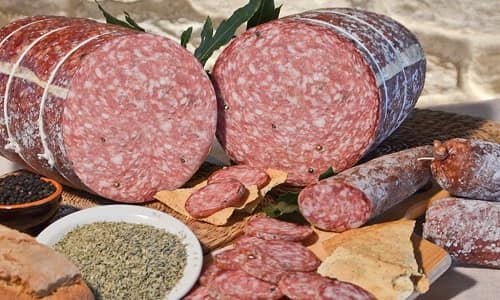 what is cured salami