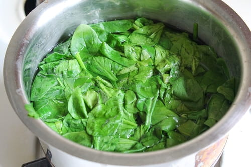 how long to thaw frozen spinach